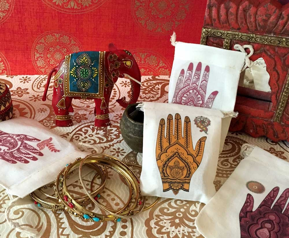 Henna Party Gift Ideas : Mehndi ceremony wedding party favor bags south asian indian