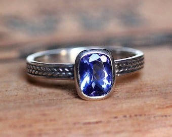 Tanzanite ring, tanzanite engagement ring, blue tanzanite, unique rings for her, bezel ring, gift for wife, wheat ring, braided ring, custom