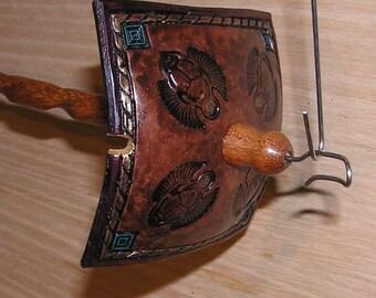 Viking Santa Drop Spindle ( EDS 0860) Leather whorle