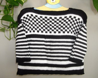 Hand knitted Baby Pullover in Black and White Stripe made in Cotton - Size 12/18 months