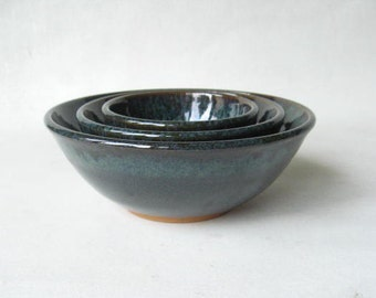 Set of Stoneware Nesting Bowls