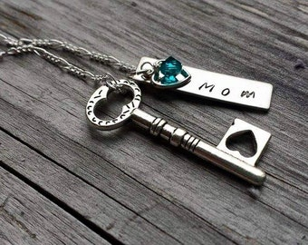 Stamped Mom Bar Necklace with Key