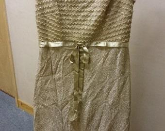 Vintage Womens Gold Metallic Sleeveless Formal Evening Dress 1960's US size 14 UK size 16