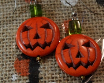 Halloween earrings, pumpkin earrings, earrings, autumn earrings, trick or treat, fun earrings, fall earring, halloween costume