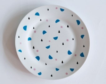SALE! Illustrated breakfast plate Drops and shapes