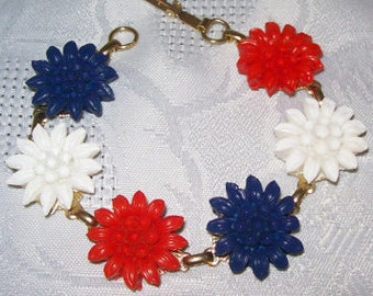 Vintage Red White and Blue Flower Bracelet