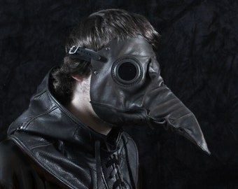 Stiltzkin leather plague doctor mask in antique black