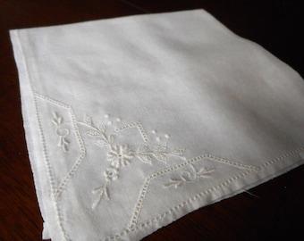 VINTAGE White Embroidered Flower Handkerchief