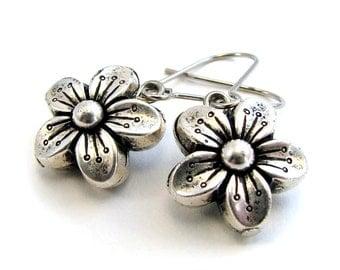 silver buttercup flower earrings