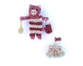 Pig making sandcastles brooch set - cute animal jewelry, seaside beach holiday scene