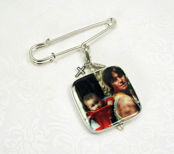 Boutonniere pin with a sterling cross charm and a photo memorial charm - Large - FBPP1RFla