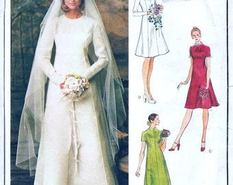 """Vintge Vogue Paris Original 1077 Misses Bridal Gown and Bride's Maid Dress Vintage Sewing Pattern Size 8 Bust 31.5"""""""