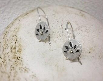 Coin earrings-Flower coinn earrings-Sterling silver dangle earrings-Coin jewelry-Solid gold 18K-Floral design earrings-Gift for mom