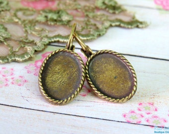 Small Oval Brass antique Gold bronze Blank Earrings Setting base , blank earrings base Setting for  10x14mm Cabochon , Lever Back, Lead free