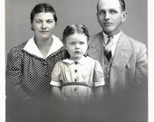vintage Photo Pretty Little Girl Gloria Handsome Father Mother Identified Family Photo