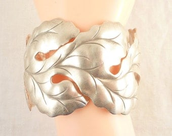 Beautiful Vintage Sterling Modern Artist Made Studio Detailed Leaves Cuff Bracelet