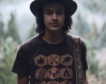 Clothing - Mens Tshirt | Tshirt Men - Canada Tshirt - True North Canadiana Tshirt - Gift for Men - Gift for Him