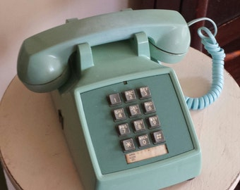 Turquoise/Aqua ~ Retro ~ Push Button ~ Tabletop/Desk Phone ~ Prop ~ Decorative ~ Western Electric