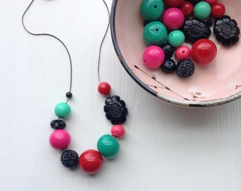 what she wore - necklace - vintage lucite