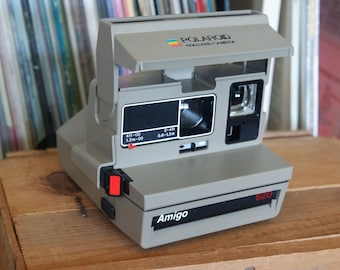 1980's Polaroid Amigo 620 Camera - Film-tested & Working
