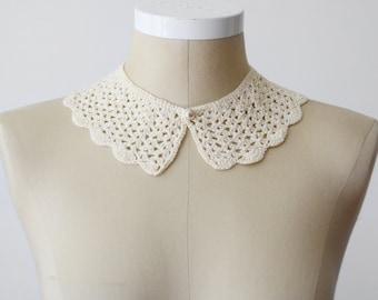 1950s Ivory Crochet Collar
