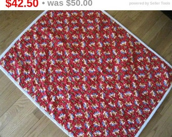 Baby's First Christmas, Quilted Baby Blanket, Holiday Blanket, Baby Girl, Handmade Quilt, Christmas Baby Gift, Quiltsy Handmade