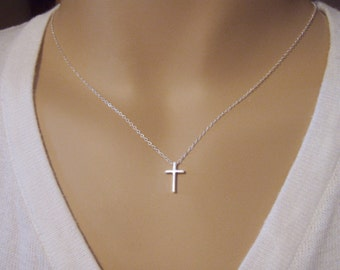 Cross necklace - Simple cross necklace - Dainty cross pendant - Sterling silver cross pendant necklace