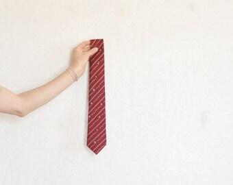 Merry Christmas penguin tie . vintage kitsch Avon necktie . dark red