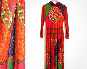 Vintage 1960s Groovy Boho Techni-colored Long Sleeved Maxi Dress by Domino Size S