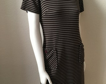 Vintage Women's 60's Mod Dress, Brown, White, Striped, Knee Length (M)