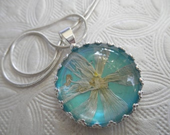 Star Of Bethlehem Blossom-Glowing Caribbean Ocean Turquoise Background Crown Pendant-Symbolizes Hope,Continued Happiness,Love-Gifts Under 30