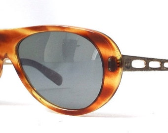 vintage 1950's sunglasses brown tortoise shell plastic frames gold metal sun glasses eyewear fashion retro accessories accessory mens womens