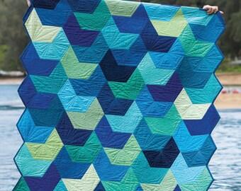 SPLASH Quilt Pattern - Jaybird Quilts - Hex N More Pattern - Modern Quilt Pattern - Contemporary Quilt Pattern - Fat Quarter Friendly