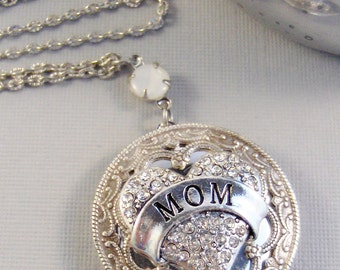 Diamonds for Mom,Mother's Day Necklace,Mom Necklace,Mother Necklace,Mom Locket,Mother Locket,Mom Jewelry,Mother Jewelry,valleygirldesigns