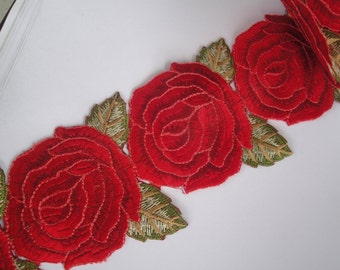 "3.5"" Wide (8.9 cm) Valentine Roses Leaves Mustard Green Christmas Red Sew On Iron On Embroidered Trim / Christmas Holiday Decor Costumes"