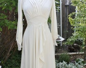 1970's Ivory/White Dress Lace Frederick's Size Small Fitted Pleated Sexy Bridal Wedding Vintage REtro 70's HIpster Victorian Poly