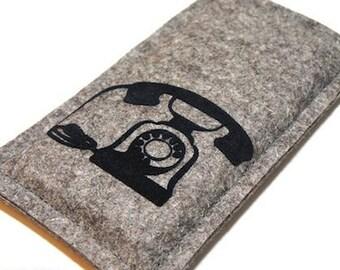 Felt sleeve for your phone with telephone