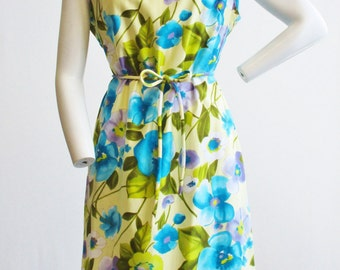 1960s Park East by Swirl Aqua and Lilac Floral Print Dress   Size Large