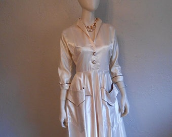 Swinging & Swishing - Vintage 1950s Textured Ivory Satin Cocktail Wedding Dress w/Large Kangaroo Pockets