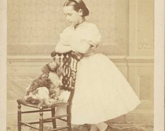 Dog SITS On a CHAIR While Little GIRL Looks On cdv photo circa 1880s Stuttgart Germany