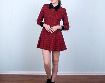 90's Red Plaid Dress, Black Velvet Collar, Grunge Skater Dress, All That Jazz, Size Small