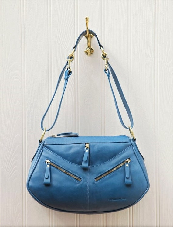 Trinity handbag made from real leather.