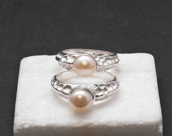 White Pearl Ring, Solid Silver Natural Pearl Solitaire Ring, June Birthstone Ring, Pearl Wedding/Anniversary, Elegant Ring, Pearl Jewelry