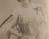 Mlle. Harloff in St. Petersbourg, Bookmark Sized Postcard, Leopold Reutlinger, circa 1905