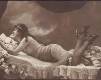 Risque, Semi-Nude German Image. Vintage Nude Postcard, circa 1910.