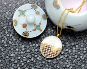 Porcelain necklace, white with gold grid pattern