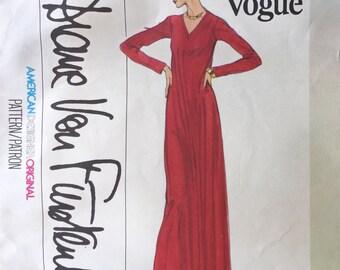 Vogue 1729 * Diane Von Furstenberg * American Degsigner Original * 1970s Dress Pattern