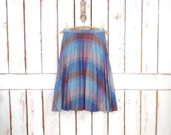 Vintage 70s blue/tan plaid wool high waisted accordion pleated skirt/tartan wool midi skirt/xsmall/small