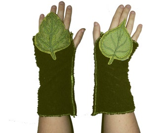Pair leaf bohemian arm warmers woodland tree of life thumb hole green