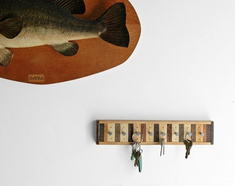 8 Hook Key Rack / Jewelry Rack Reclaimed Wood - Chonko Style